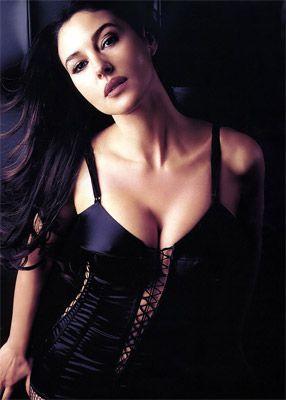 Monica Bellucci - 63
